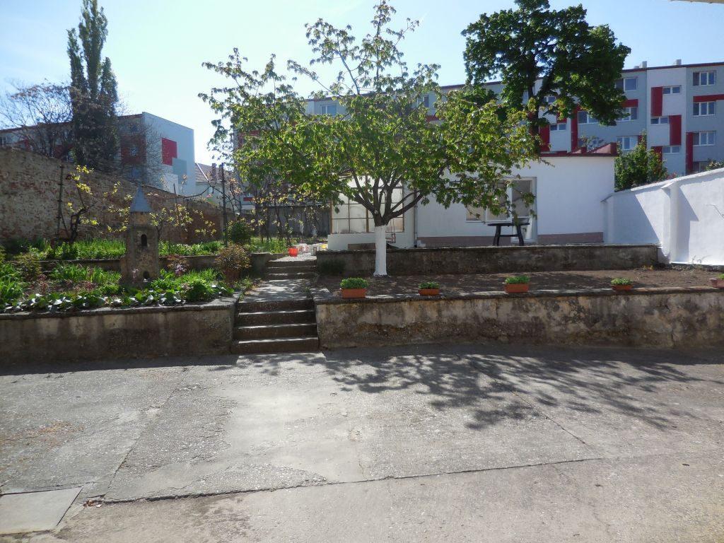 Spolu tvoríme Komunitnú záhradu