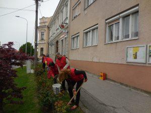 Samaritáni na jarných prácach